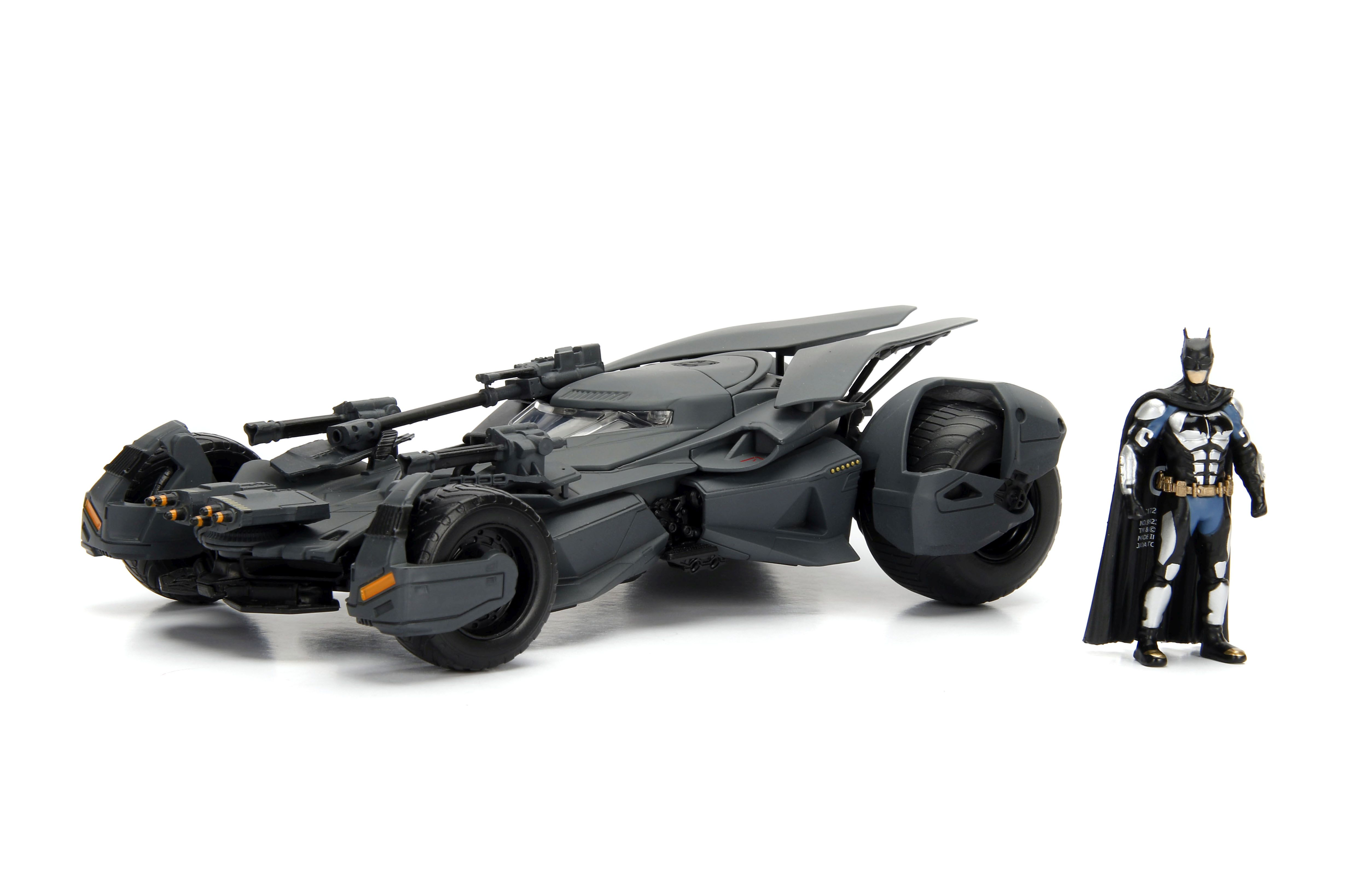 "DC Justice League 1:24 Batmobil mit 2,75"" Batman Figur"